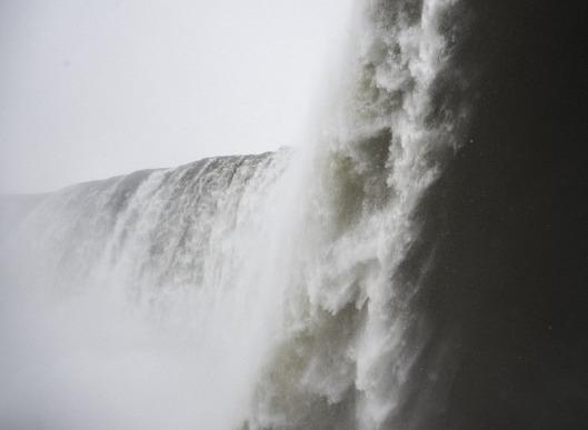 niagara-falls-1209976_640